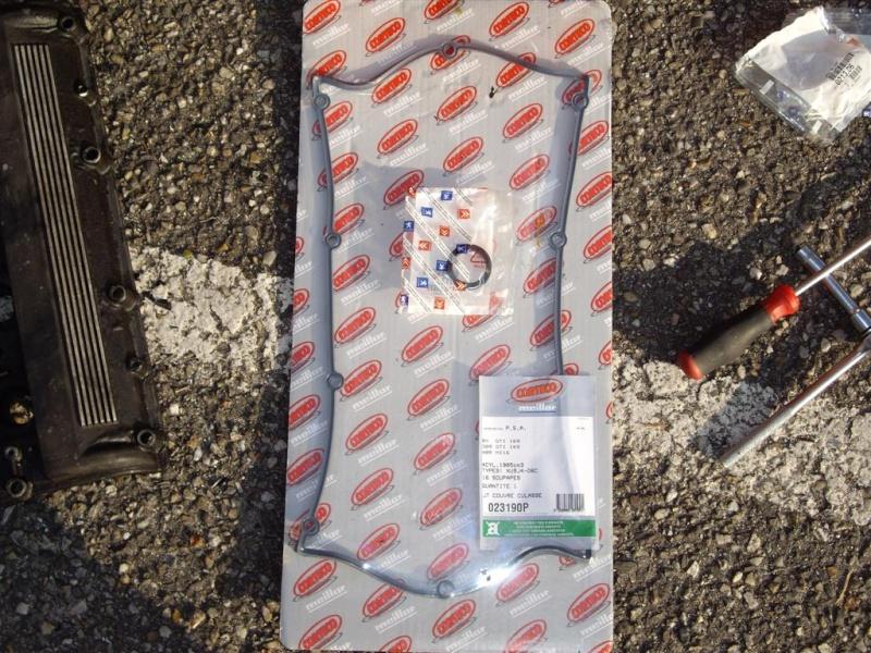 remplacement joint cache culbu sur XU9J4 910