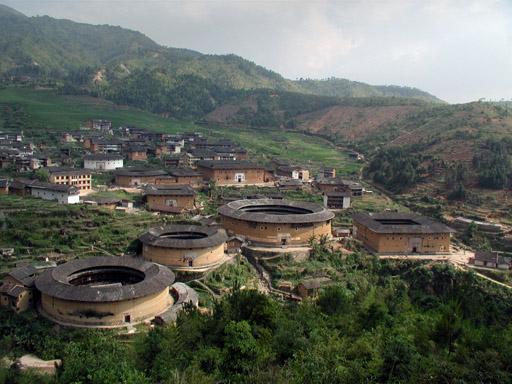 """Les """"Tulou"""", habitations traditionnelles des Hakkas du Fujian - Chine P6020110"""