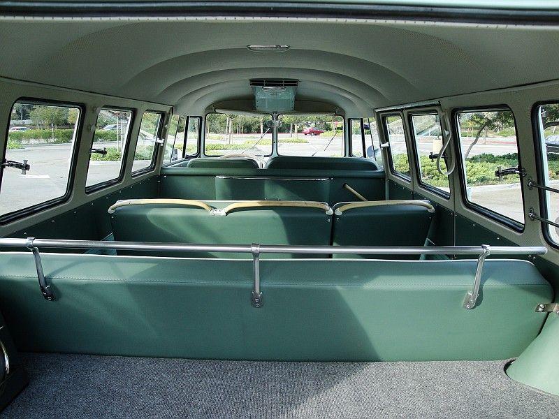 Deluxe 13 fenetres 1964 Interi10