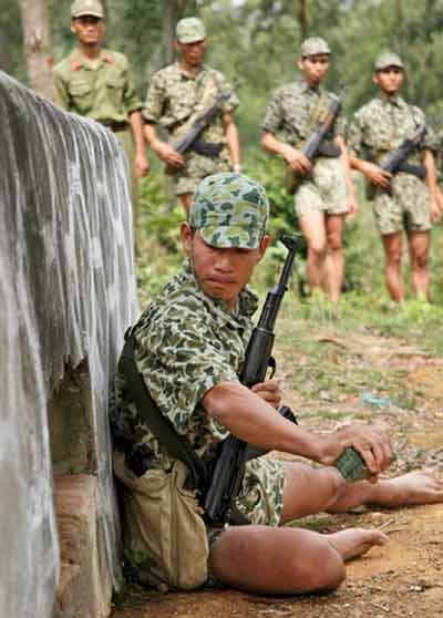 North Vietnam / Vietnam Vietna16
