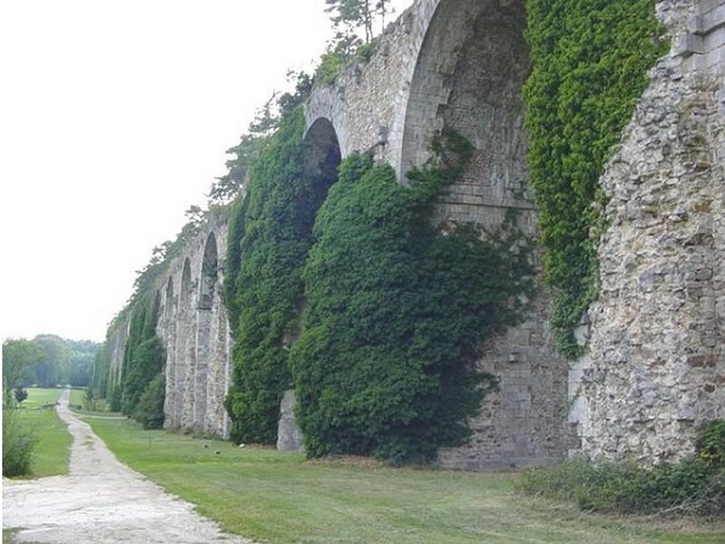 Aqueduc de Maintenon, Eure et Loir, France Aque10