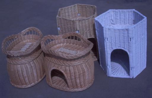 pet nest Dh070010