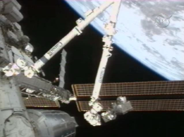 [STS122] EVA3 Croppe12