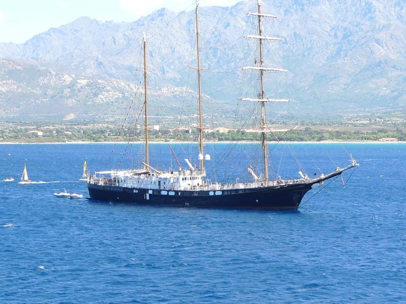 Corsica 2010 avec trois Puck P1020815