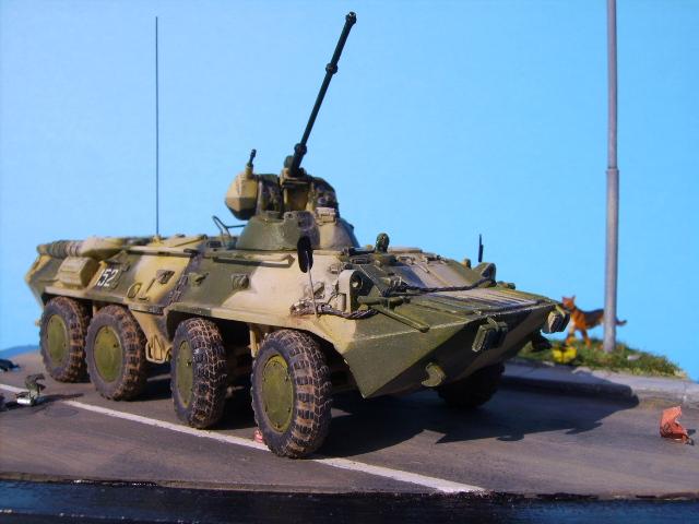 BTR 80 A 1/72° Btr3610