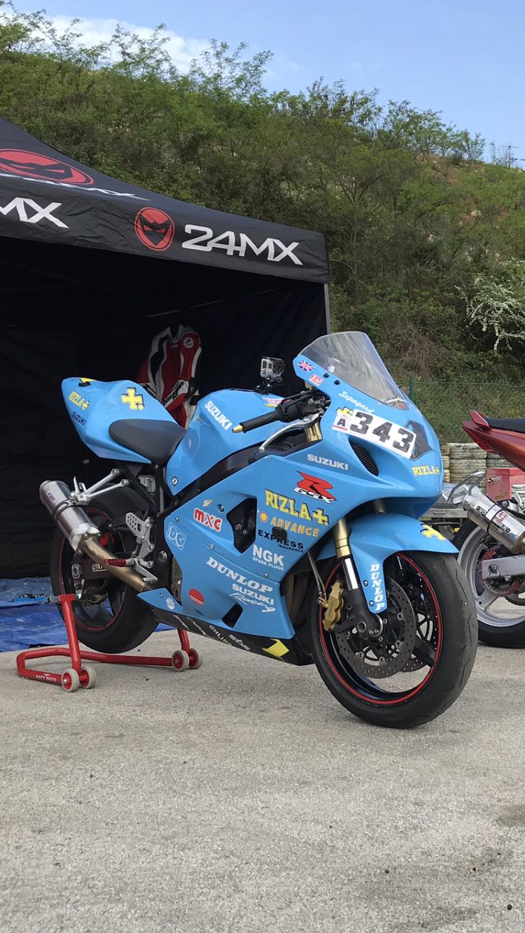 Suzuki 600 GSXR 2005 - piste avec CG ok - 3700 euros - 48000kms Img_2411