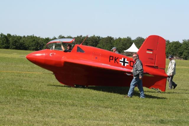 le Me 163 et ses versions Img_4410