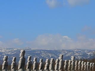 Stonehenge : les répliques - Page 2 Hokkai13