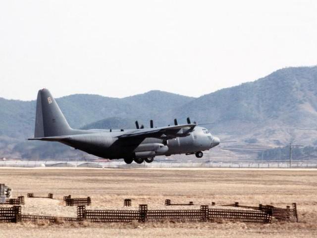 صور طائرات منوعة Ac130_10