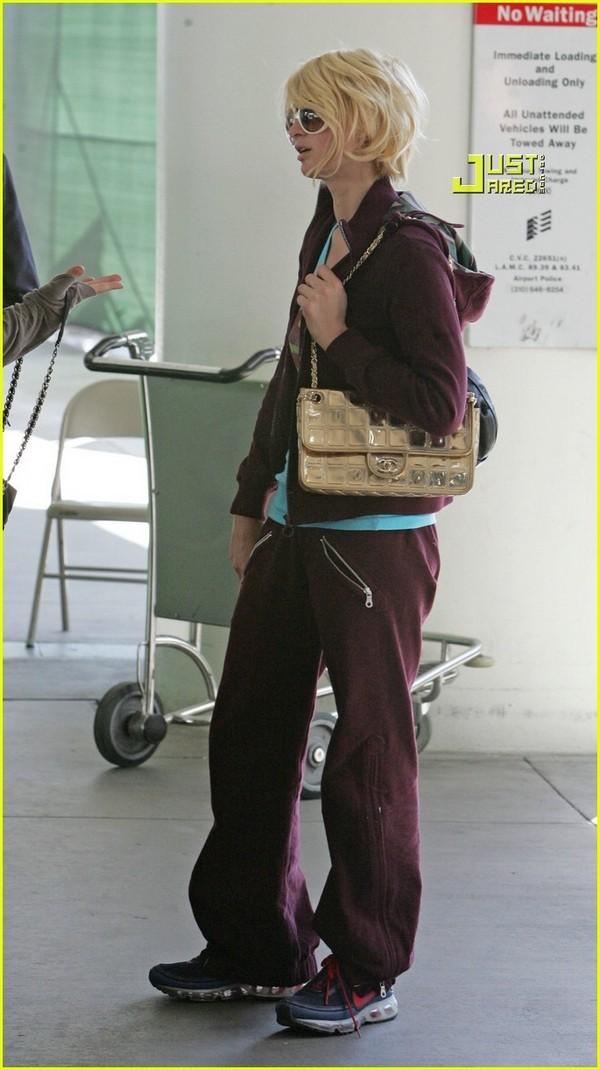 Candids: Paris Hilton to Star as Supergirl (17-12) Paris-22