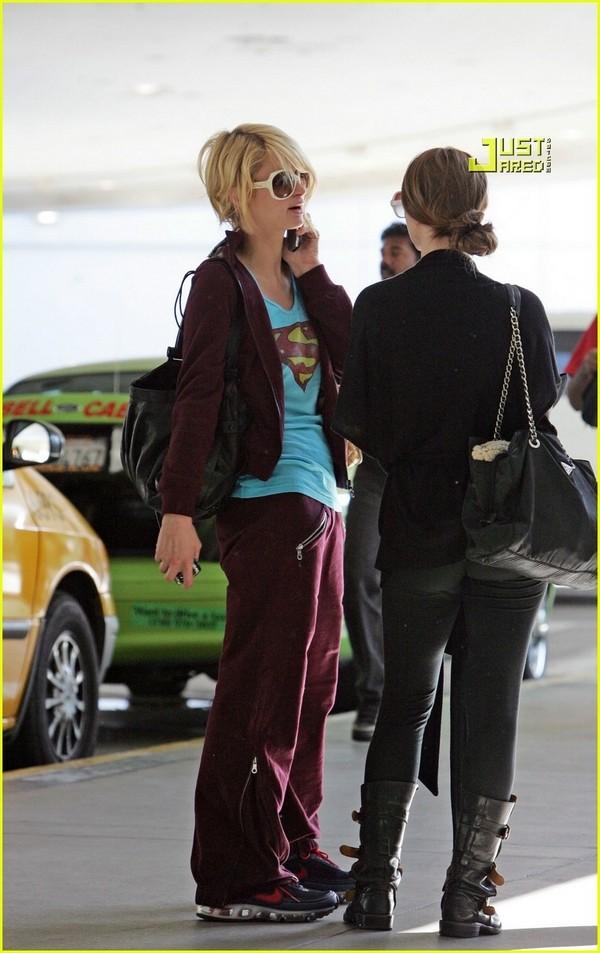 Candids: Paris Hilton to Star as Supergirl (17-12) Paris-24