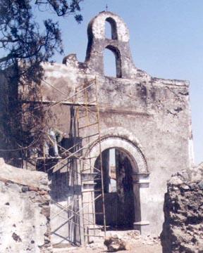 POBRE Y SENTADO SOBRE UNA FORTUNA Ruinas12