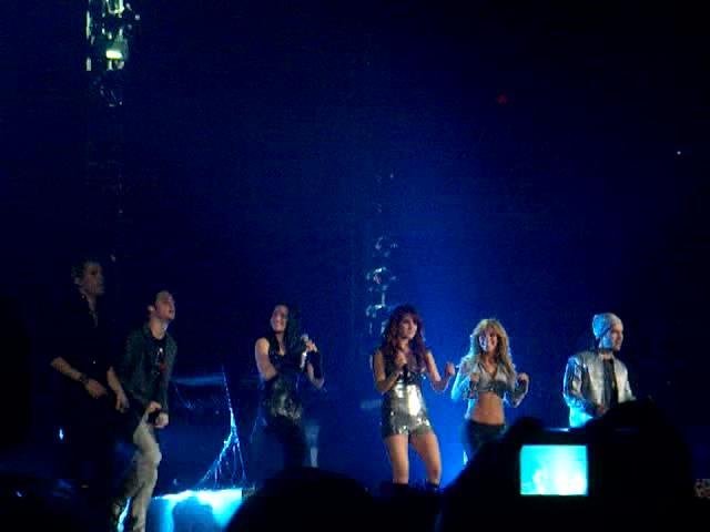 Slike sa koncerta.... N1010