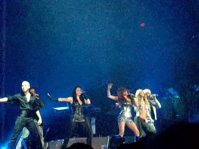 Slike sa koncerta.... N1110