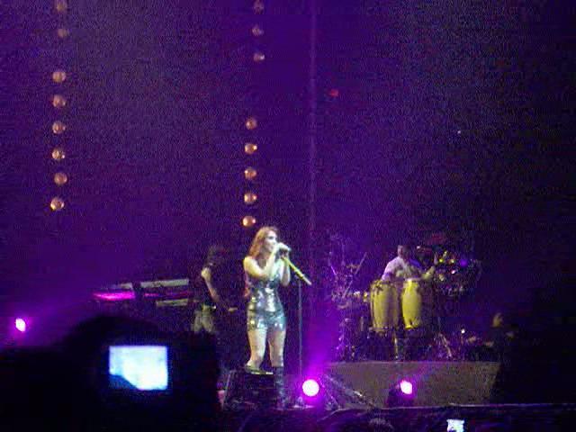 Slike sa koncerta.... N1310