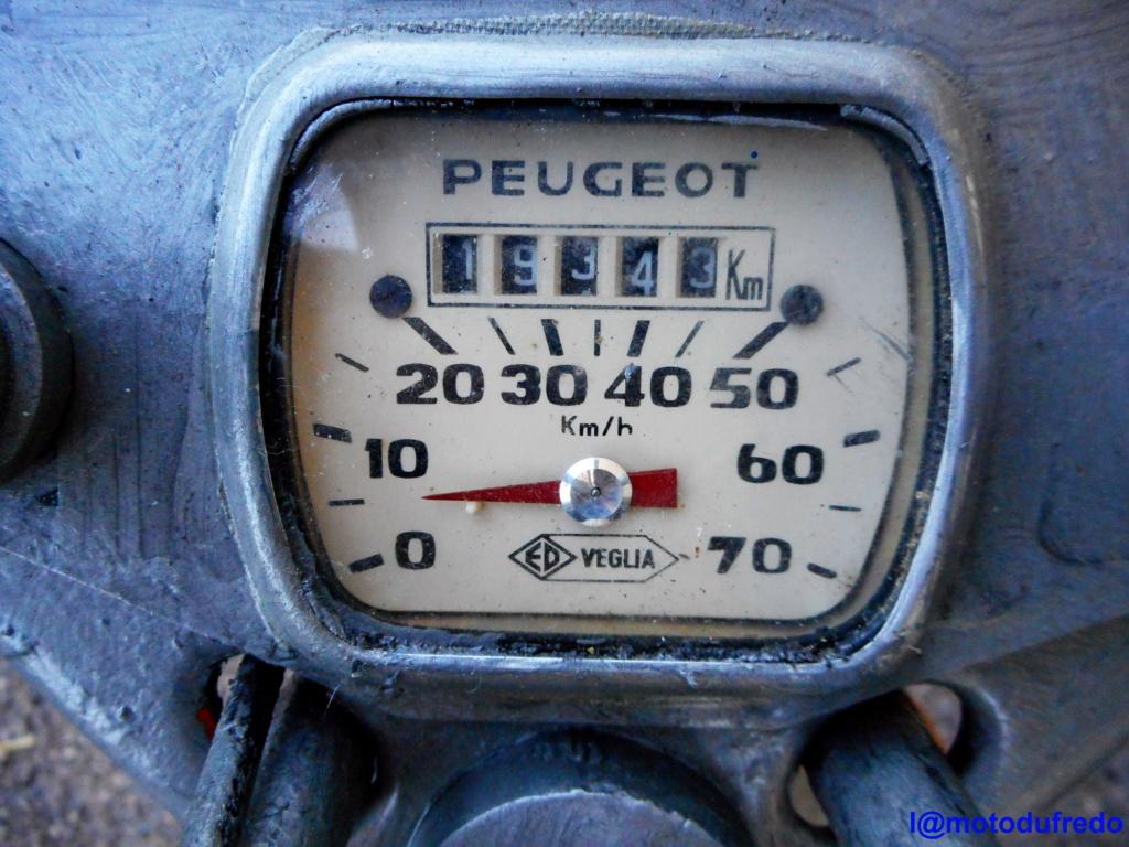Une 49cc du 7 juillet 1971, ça compte ? Dscn1419