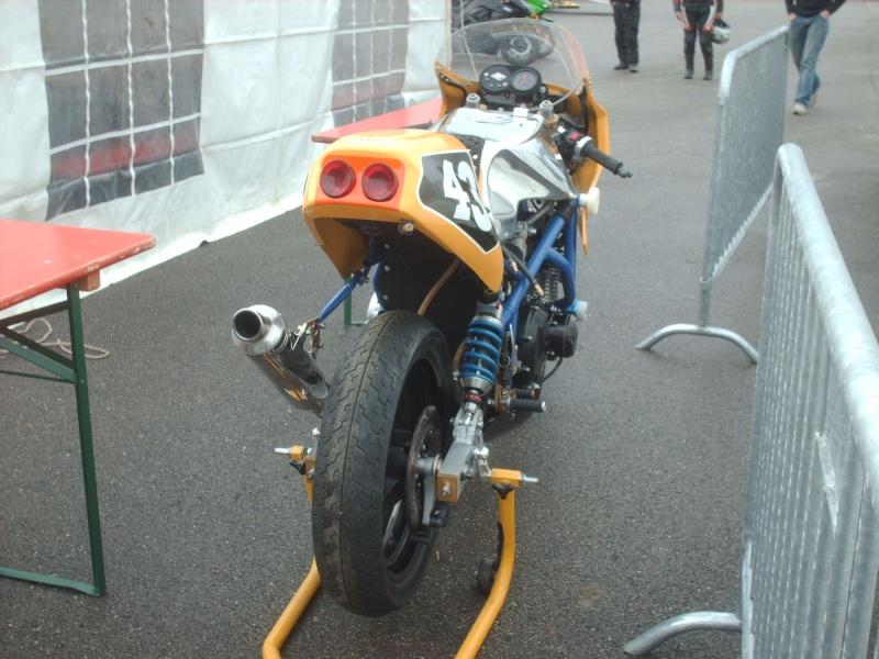 Moto CARTON Réplica - Page 2 Hpim2410