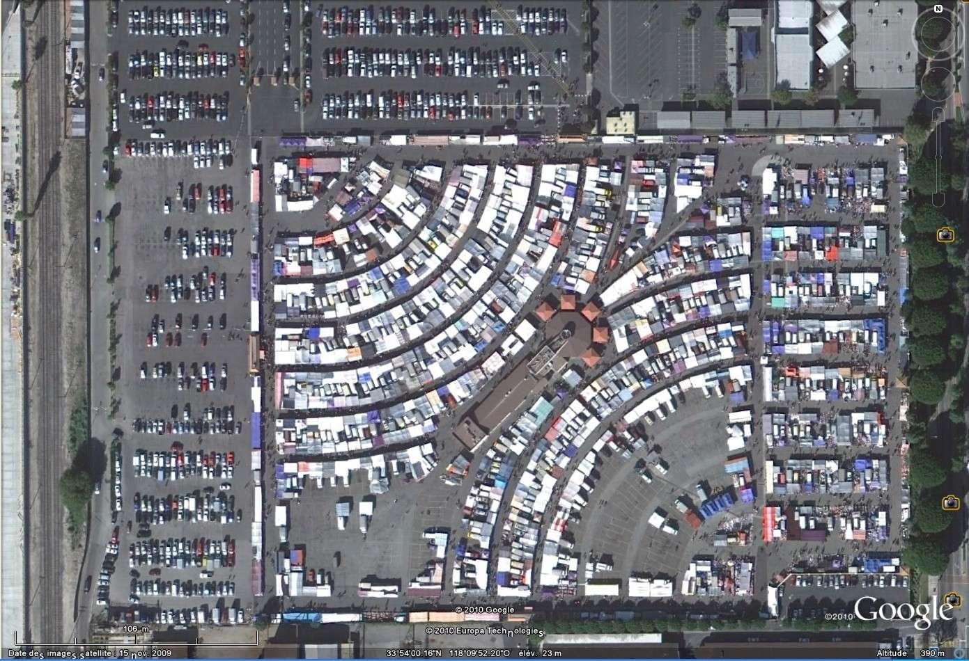 """""""Drive-in theaters"""" transformés en vide-grenier ( swap meet area, open air flea market ), Californie, USA Drive_13"""