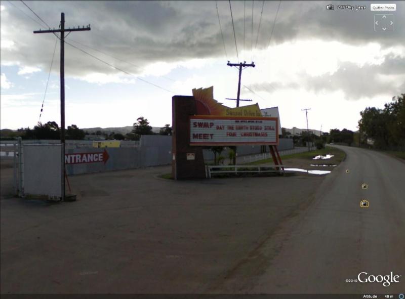 """""""Drive-in theaters"""" transformés en vide-grenier ( swap meet area, open air flea market ), Californie, USA Drive_20"""