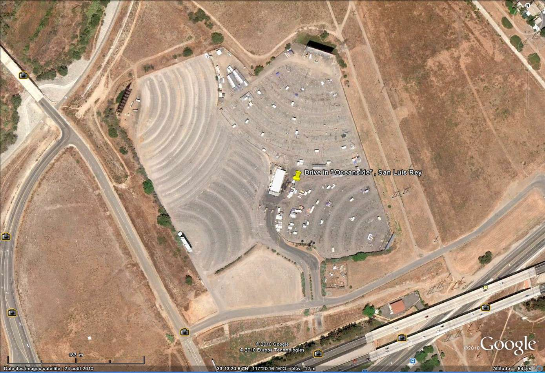"""""""Drive-in theaters"""" transformés en vide-grenier ( swap meet area, open air flea market ), Californie, USA Drive_22"""