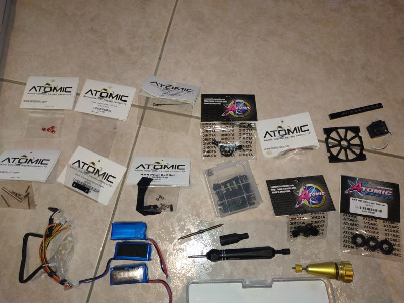 1/27 Atomic AMR full option RTR avec pièces et pneu Img_2015