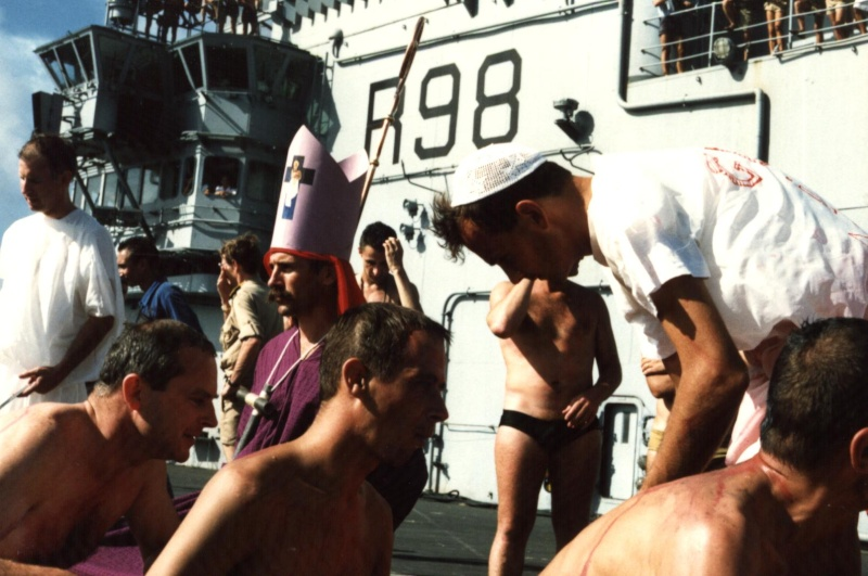 [ Les traditions dans la Marine ] LE PASSAGE DE LA LIGNE - ÉQUATEUR (Sujet unique) - Page 10 V36_cl10