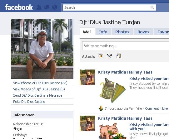 Orang NUNTUNAN di facebook 216