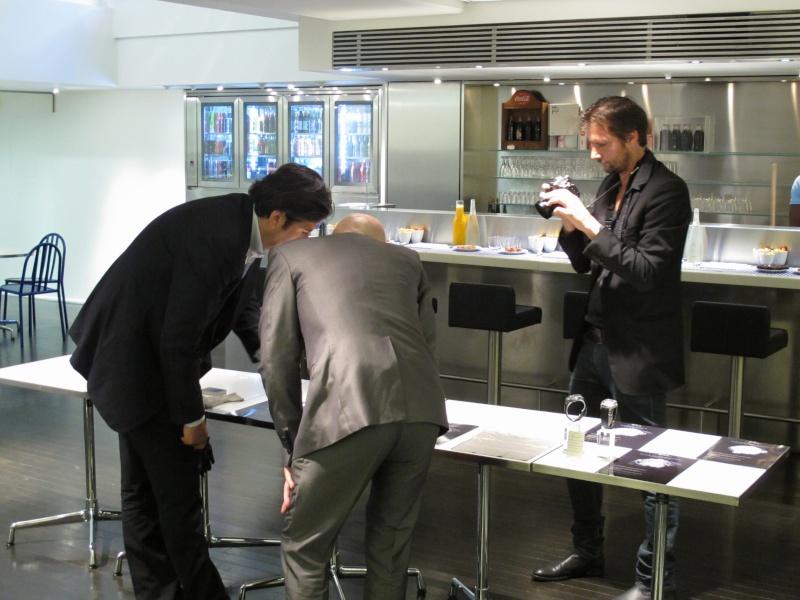 Benjamin Muller, présentation chez Colette, Paris, le 7 juin 2011 Img_2548
