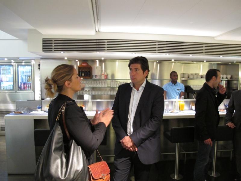 Benjamin Muller, présentation chez Colette, Paris, le 7 juin 2011 Img_2623