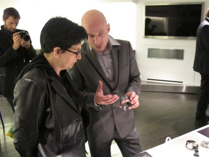 Benjamin Muller, présentation chez Colette, Paris, le 7 juin 2011 Img_2628
