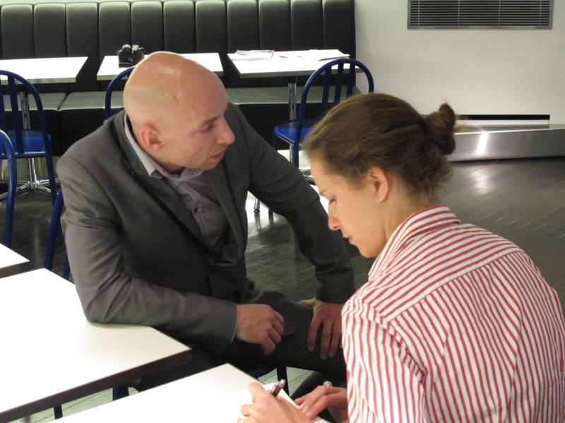 Benjamin Muller, présentation chez Colette, Paris, le 7 juin 2011 Img_2632