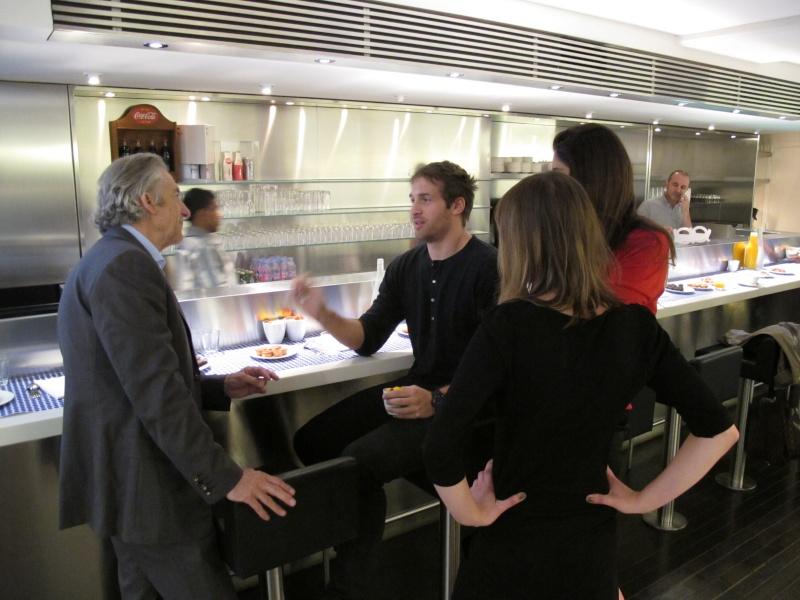 Benjamin Muller, présentation chez Colette, Paris, le 7 juin 2011 Img_2633