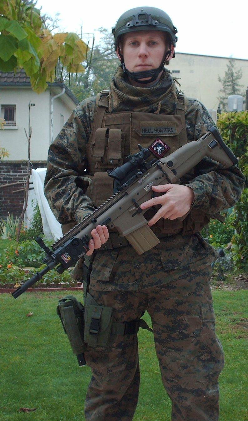 Tenue inspi forces spéciales Front10