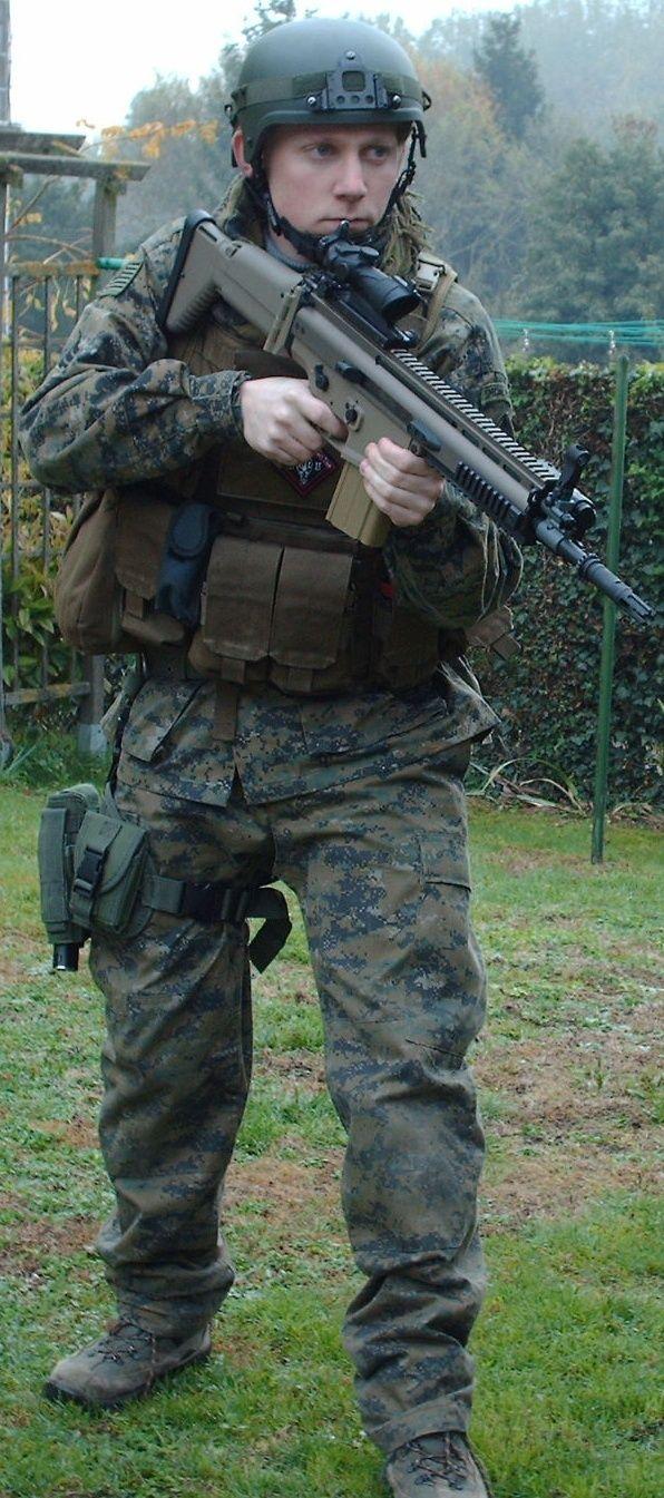 Tenue inspi forces spéciales Metall11