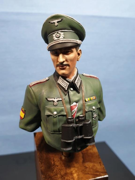 Vitrine phil38 - Deuxième buste (officier Espagnol) 20200510