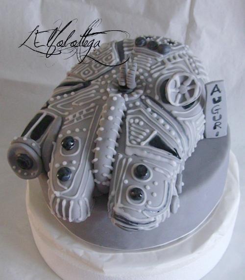 Millenium Falcon cake/ torta Millenium Falcon Star Wars Imgp0610