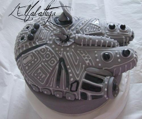 Millenium Falcon cake/ torta Millenium Falcon Star Wars Imgp0611