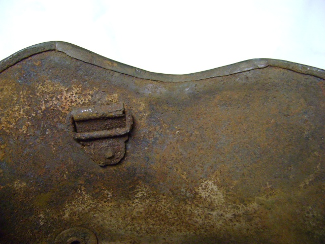 coque de casque WWI reconditionné WWII. Dsc00211