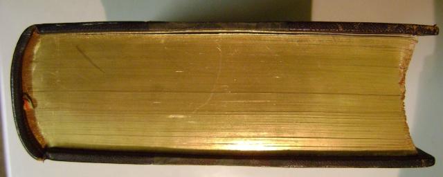 Beau livre sur l'histoire des 13°, 14° et 15° siècles en Franche Comté. Dsc05214