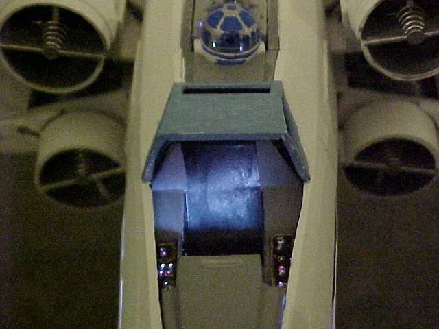commande spéciale x-wing avec lumiere Xlt110