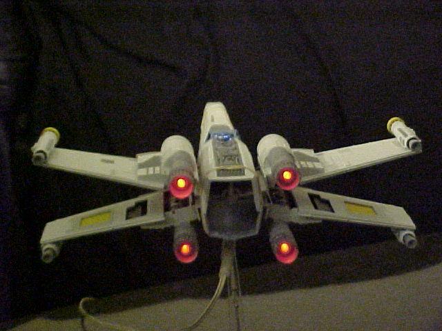 commande spéciale x-wing avec lumiere Xlt410