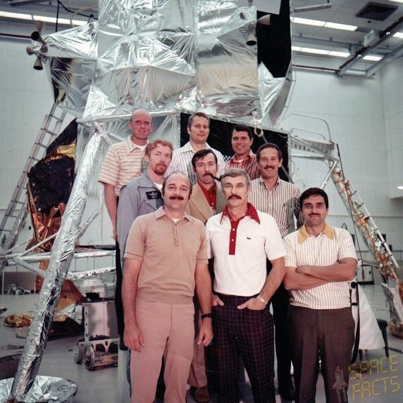 Photos rares et/ou originales, de préférence inédites sur le forum Apollo18