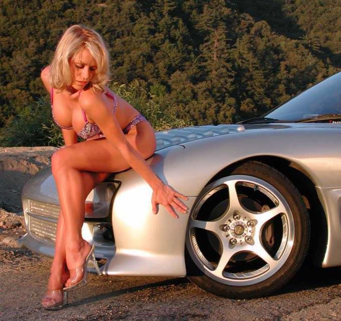 girls and cars =] i like ! NOT WORK SAFE Girls_10