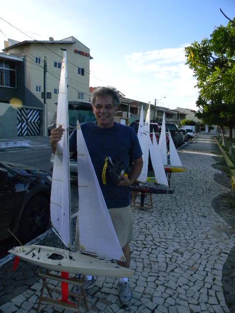 Grupo de Nautimodelismo de Fortaleza no lago do Condomínio 16/04/2011 Imagem10