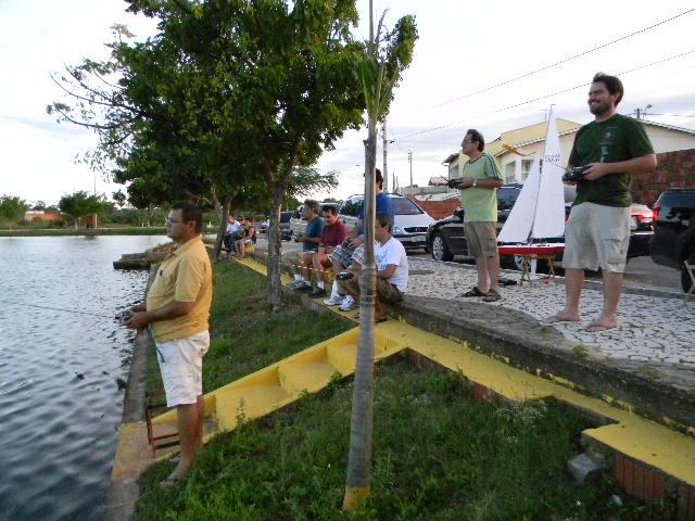 Grupo de Nautimodelismo de Fortaleza no lago do Condomínio 16/04/2011 Imagem14
