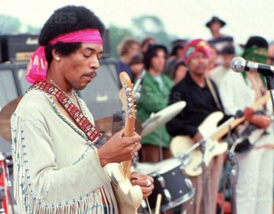 50 ans après, l'esprit de Woodstock a-t-il complètement disparu?  50-ans10