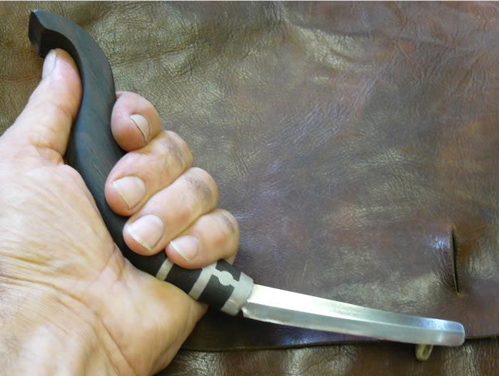 quel couteau ?????????? P1030110