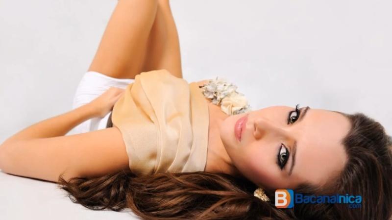 Adriana Dorn (NICARAGUA UNIVERSE) - Page 4 Bnadri12