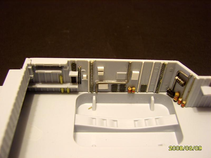 HMS INVINCIBLE 1982 Sv201725