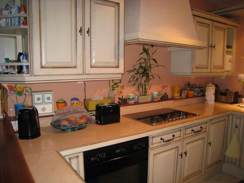 Quelle couleur des murs choisir pour cette cuisine - Choisir couleur cuisine ...